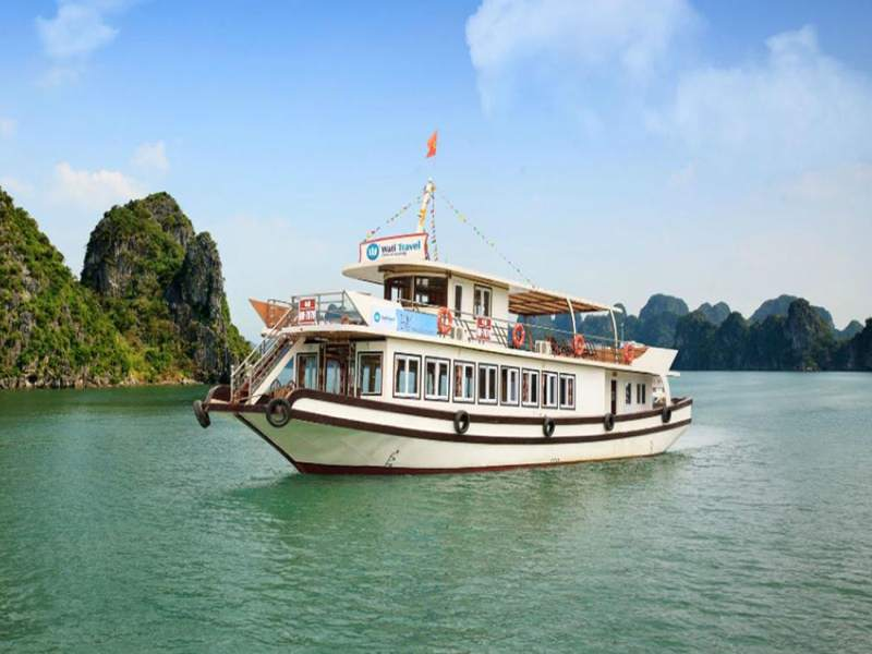 Halong Bay Deluxe Tour - 1 Day